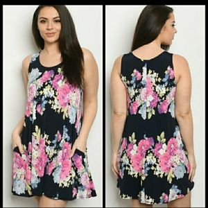 New plus size navy floral dress